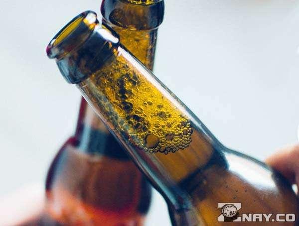 Две бутылочки пива