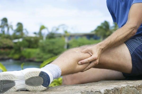 Ознаки болю в ногах через порушення нервової системи