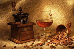 Как правильно пить кофе с коньяком